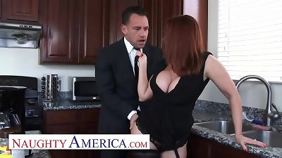 insane America - Janet Mason gets a fluid Pie consolation