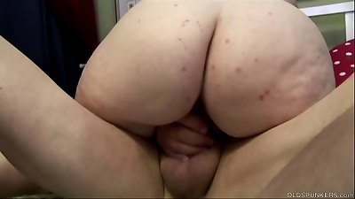 Super sexy old spunker is such a hot fuck and loves facial cumshots